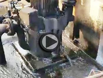 老式自吸泵密封不好,发生泄漏